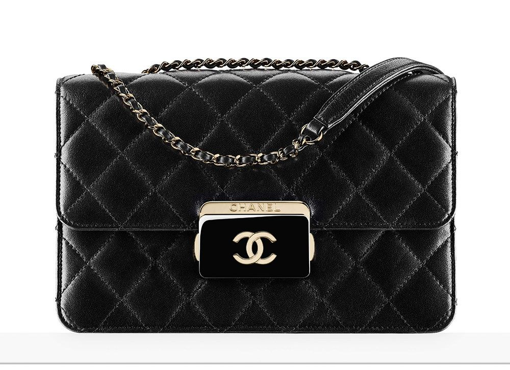 Chanel-Flap-Bag-Black-3500
