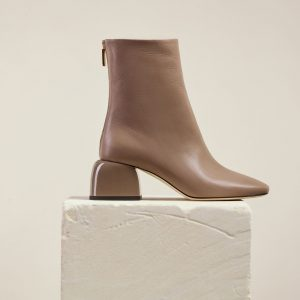 boot_form_brown-leather_1_2000x