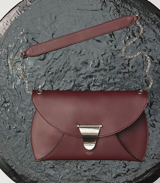 Celine-Chain Bag-Burgundy-1700$