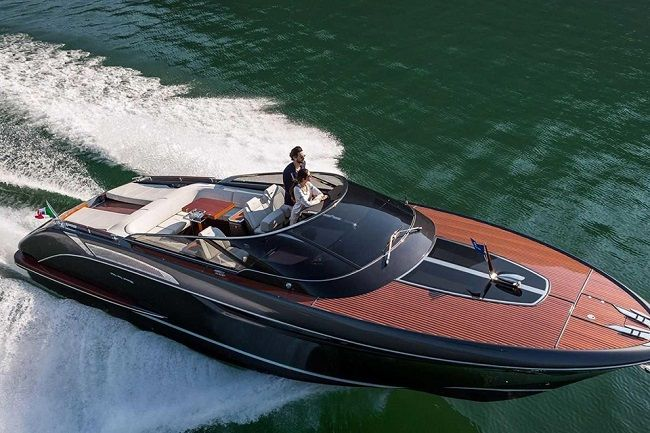 riva-rivamare-luxury-speedboat-003