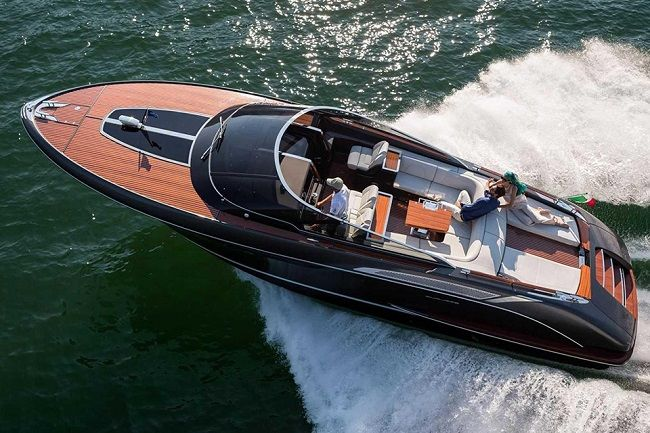 riva-rivamare-luxury-speedboat-007