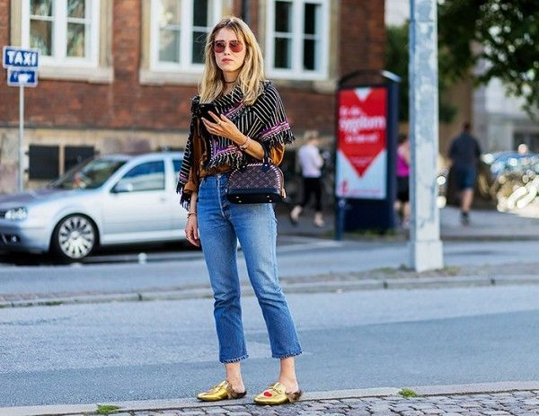 how-the-most-stylish-women-pull-off-high-waisted-jeans-1870243-1471297371_600x0c