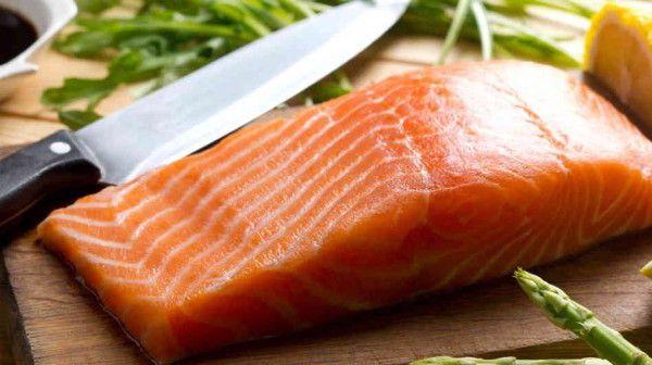 salmon_wide-99a4215134a578926fa1dd5a3a106b9a2c6795ef-s6-c30-600x336