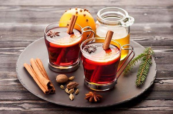 tea-with-honey-and-cinnamon