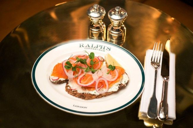 b21ca11de96715 gallery-1484168290-hbz-ralphs-coffee-bar-salmon-sandwich-rcb - MagMe