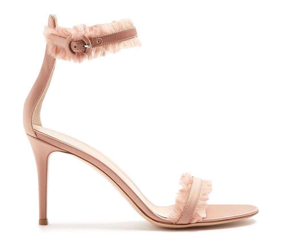 Gianvito-Rossi-Portofino-Fringe-Sandals- 875,00$