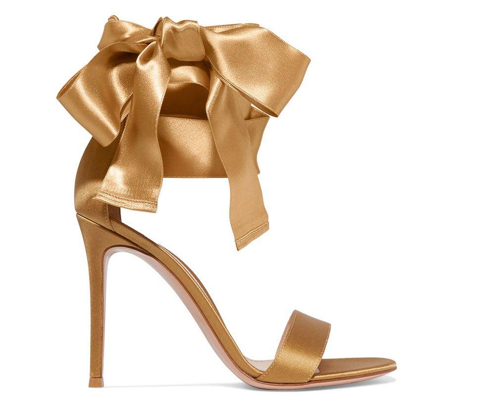 Gianvito-Rossi-Satin-Bow-Sandals - 815,00$