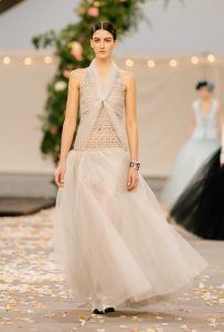 26_SPRING_SUMMER_2021_HAUTE_COUTURE_026