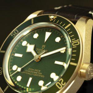 new-tudor-black-bay-fifty-eight-18k-M79018V-0001-mamic-1970-3