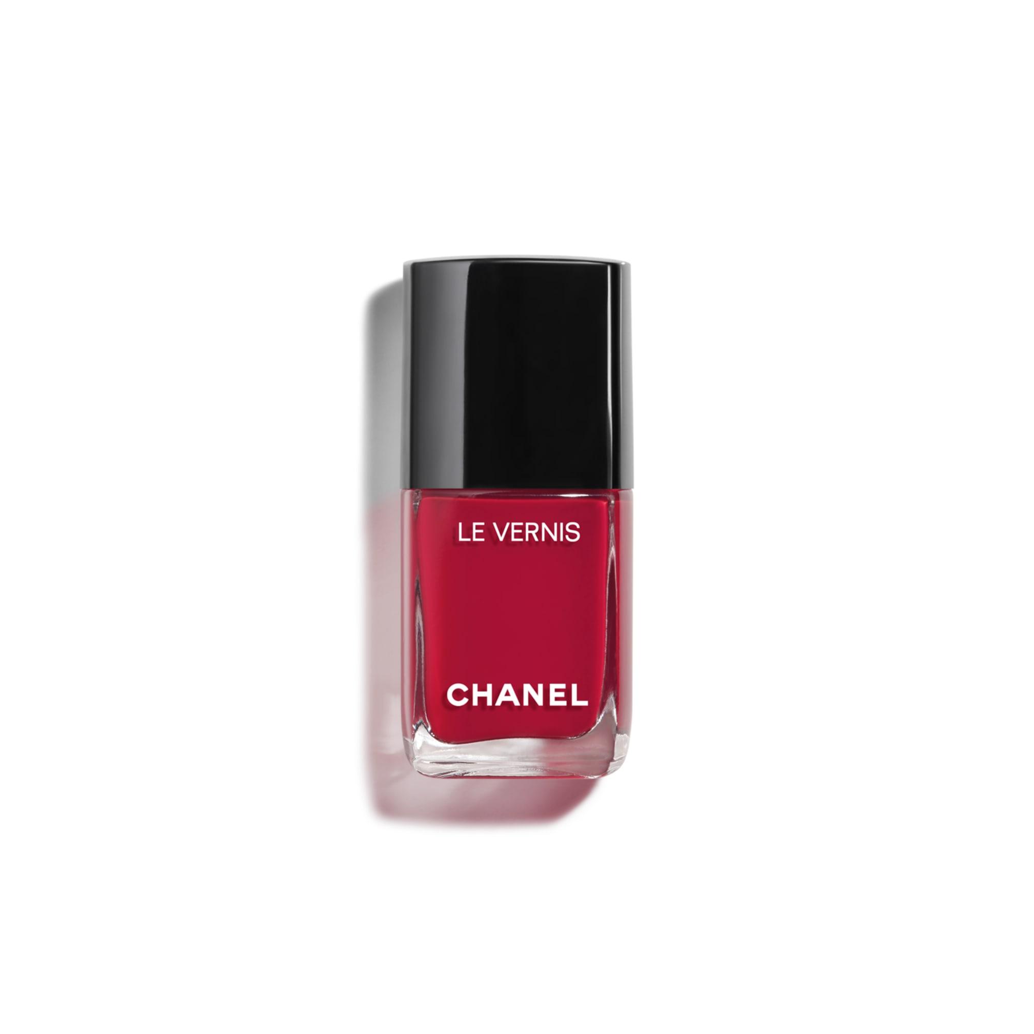 le-vernis-longwear-nail-colour-749-sailor-0-4fl-oz--packshot-default-159749-8826222575646